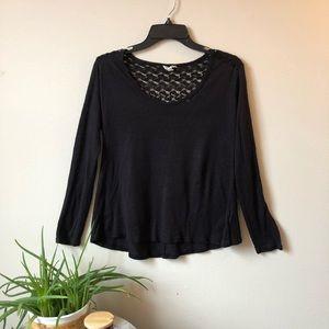 Women's long sleeved top